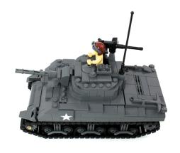 2048_M4_Sherman_CoverAlt02560
