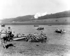 1st_Infantry_Division,_crossing_the_Weser_River