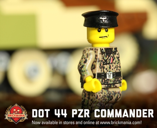 BMF199-Dot-44-Panzer-Commanderr-Action-Webcard