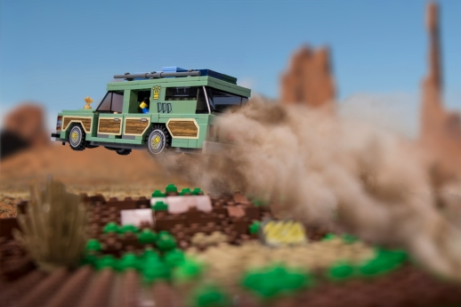 Brickmania Family Truckster
